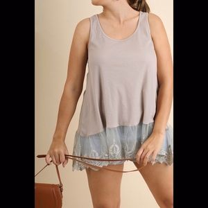 Umgee Sleeveless w/Lace in Taupe: XL-2X